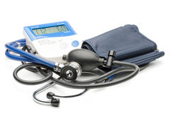 Blue stethoscope and pressure monitor Royalty Free Stock Images