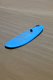 Blue surfboard Royalty Free Stock Photos