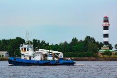 Blue tug ship underway Royalty Free Stock Photos