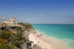 Blue turquoise Caribbean mayan ruins Tulum Stock Image