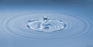 Blue waterdrop Royalty Free Stock Photo