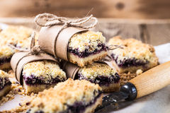 Free Blueberries Crumble Bars Royalty Free Stock Images - 66500679