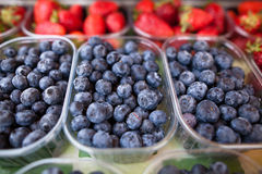 Blueberries and strawberries Royalty Free Stock Photos