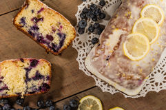 Blueberry coffee cake loaf with blueberries Royalty Free Stock Photography