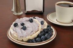 Blueberry cream cheese on rice cakes Stock Photos