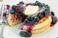 Free Blueberry Waffles Royalty Free Stock Images - 13693309