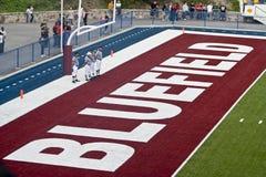 BLUEFIELD, WV - 28 AUGUSTUS: Mitchell Stadium - Kampioenschapsspel tussen het Bluefield-Bevers en Bluefield-g-Mensen Prespelbeeld Royalty-vrije Stock Afbeeldingen