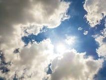 bluen clouds skyen Royaltyfria Foton