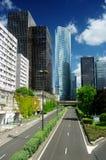 bluen colors finansiella skyskrapor för område Arkivbilder