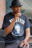 Blues singer Vince Johnson on a Memphis place Stock Photography
