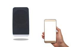 Bluetooth-spreker die aan de mobiele telefoon wordt aangesloten Royalty-vrije Stock Fotografie