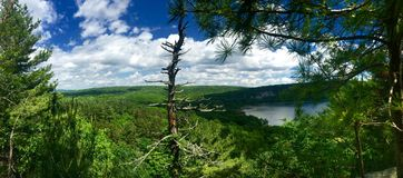 Bluff occidental du Wisconsin de lac devils Images stock