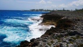 Bluff på Pedro, St James Cayman Islands i det karibiskt royaltyfri fotografi