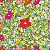 Blume bedeckt nahtloses Muster des Gartens mit Gras Lizenzfreies Stockbild