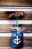Blume im Glas Stockbild