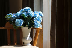 Blume im Vase Stockfotos