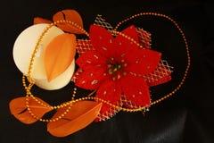 Blume mit einer Kerze und einer Feder Lizenzfreies Stockbild
