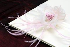 Blume mit Farbband Stockfotografie