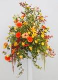 Blumen-Anordnung. Stockbild