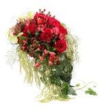 Blumen-Anordnung mit roten Rosen und dekorativem H Lizenzfreie Stockfotografie