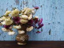 Blumen in einem Vase stockbild