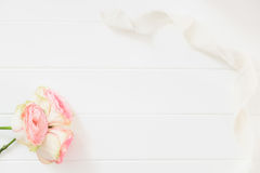 Blumen-Flatlay-Modell redete Fotografie auf Lager an Stockbild