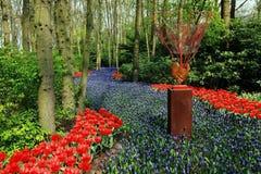 Blumen im Wald Stockbild