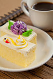 Blumen-Kuchen Lizenzfreies Stockbild