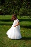 Blumen-Mädchen-Seitenansicht Stockfotografie