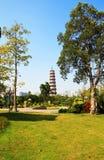 Blumen-Pagode des Tempels von sechs Banyanbäumen Stockfoto