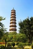 Blumen-Pagode des Tempels von sechs Banyanbäumen Lizenzfreies Stockfoto