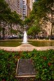 Blumen und Brunnen in Bowling Green, im Lower Manhattan, neu Stockfotos