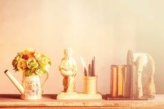 Blumen und Dekorationen Lizenzfreie Stockfotos