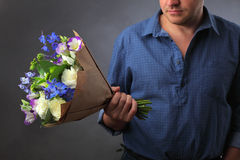 Blumen und Liebesanmerkungen Stockbilder