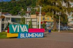 BLUMENAU, BRAZILIË - MEI 10, 2016: het teken van vivablumenau in het stadscentrum dat wordt gevestigd Royalty-vrije Stock Afbeelding