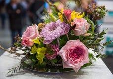 Blumenauslegung? Hintergrund, Hintergrund, Auslegung der Abbildung Stockfotos