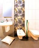 Blumenbadezimmer Stockbild