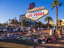 Blumenbeet und Ausdruck des Beileids nach Terroranschlag in Las Vegas - LAS VEGAS - NEVADA - 12. Oktober 2017 Stockfotografie