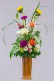 Blumenblumenstrauß in einem Vase Stockfotografie