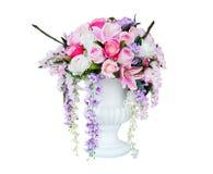 Blumenblumenstrauß und weißer Vase Stockfotografie