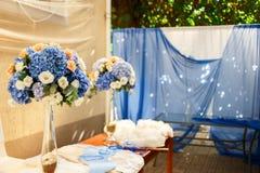 Blumendekorationshortensie-Hochzeitszeremonie Lizenzfreie Stockfotografie