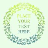 Blumenfeld für Ihren Text Nette Blumen, Vögel usw. vereinbarten in einer Form des Kranzes für die Heirat, Geburtstagseinladungen Stockfoto