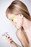 Blumenfrühlingsgesichtskunst-Profilportrait Lizenzfreies Stockbild