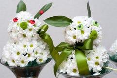 Blumengesteck - Häschen Stockfotos