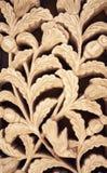 Blumenlehm, der Sienamusterverzierung schnitzt Blumenwanddekoration Lizenzfreie Stockfotos