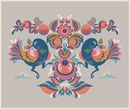 Blumenmuster mit zwei Vögeln in Gorodets-Art Stockfoto