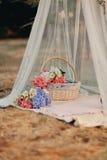 Blumenstillleben lizenzfreies stockfoto