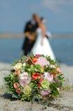 Blumenstrauß, Braut und Bräutigam Lizenzfreie Stockfotos