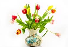 Blumenstrauß der frischen Tulpen stockbild