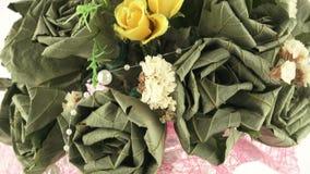 Blumenstrauß der getrockneten Blumen stock footage